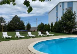 Елени - Отдых в Крыму Николаевка  гостиница с бассейном