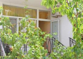 Апартаменты  - Двухкомнатный люкс с джакузи     Отдых в Коктебеле
