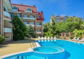 Отдых в Крыму  гостиница в Коктебеле  с бассейном