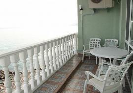 отдых в Семидворье апартаменты  20 метров  до моря  - Семидворье Апартаменты
